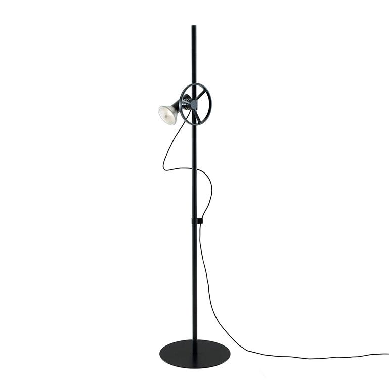 nick-rennie-atelier-lamp-03-01