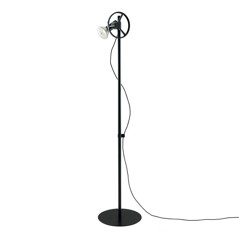 nick-rennie-atelier-lamp-03-02
